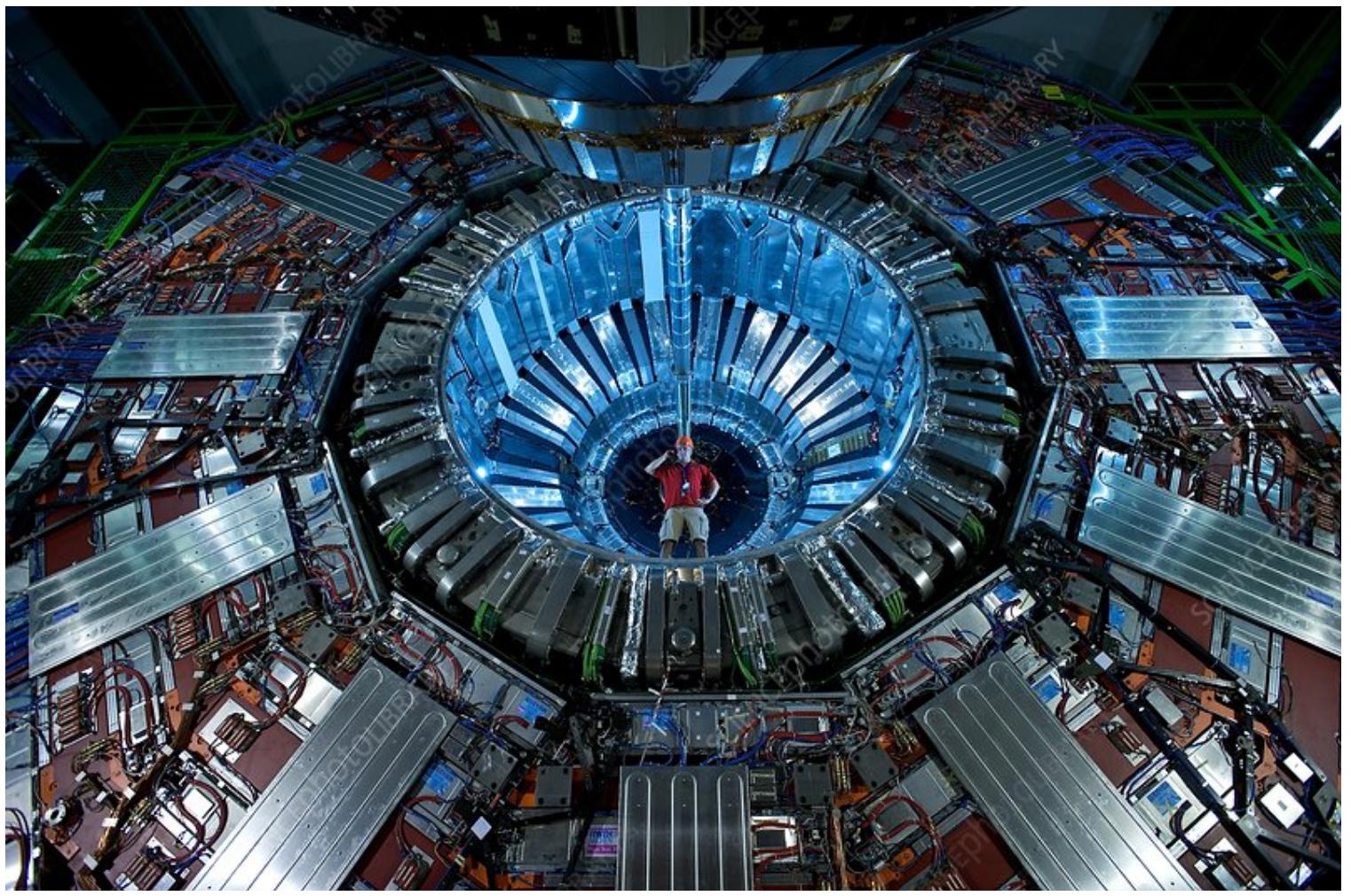 Le détecteur de particules de l'expérience CMS installée sur le LHC au CERN